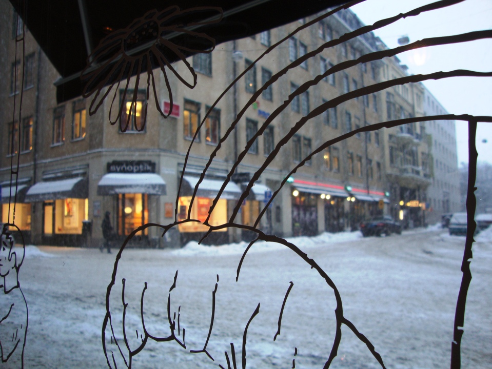 SNOWING. STOCKHOLM. DECEMBER 2010.