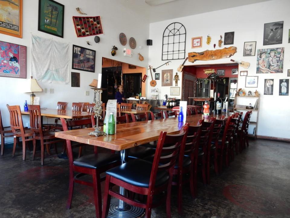 Kafe Sobaka.